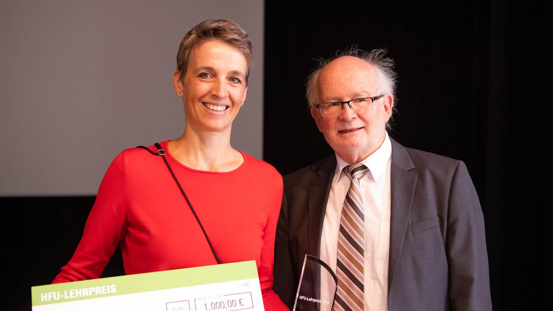 HFU Lehrpreis - Ada Rhode - Rektor Prof. Rolf Schofer